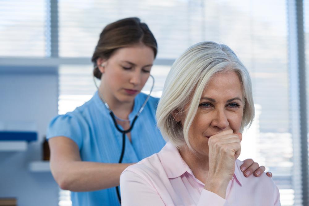 Koklusz u dorosłych: objawy i leczenie krztuśca dorosłych